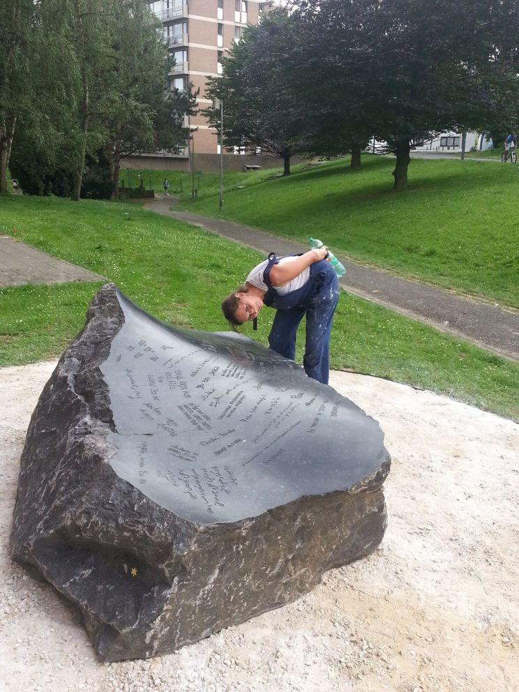 Le chemin de cailloux - Arrivée des pierres